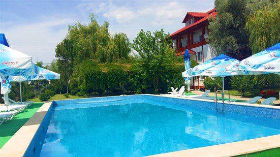 delta dunarii resort piscina