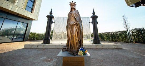 statuia reginei maria
