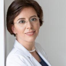 Vistiana Long