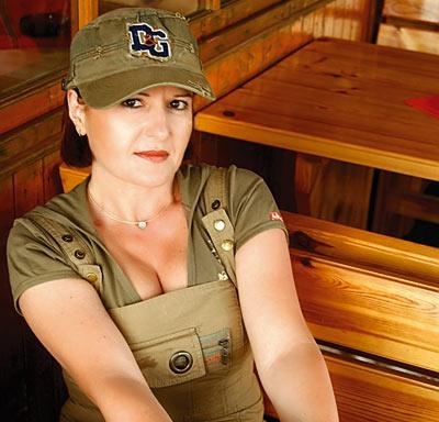 Daniela Zeca-Buzura, scriitoare