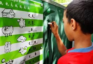 Ajuta un copil sa mearga la scoala